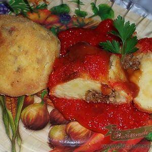 Bulgari de cartofi cu surpriza- Izgalmas Krumpli