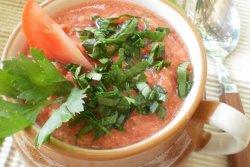 Supa rece de rosii si telina