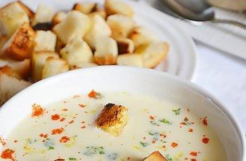 Supa crema de ceapa cu crutoane