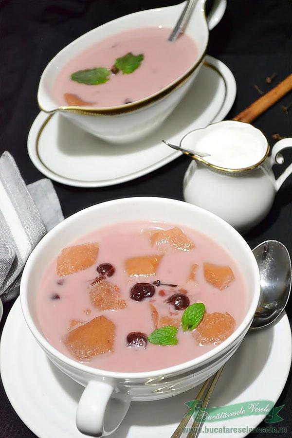 Supa de visine cu gutui