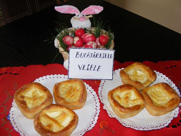 pasca-cu-branza-si-fructe-marin-mihaela