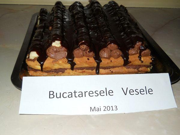 piramide-cu-crema-de-ciocolata-nita adriana elena1