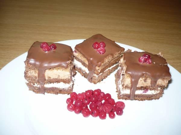 prajitura-cu-ciocolata-si-zmeura- Raluca Elena Tudor