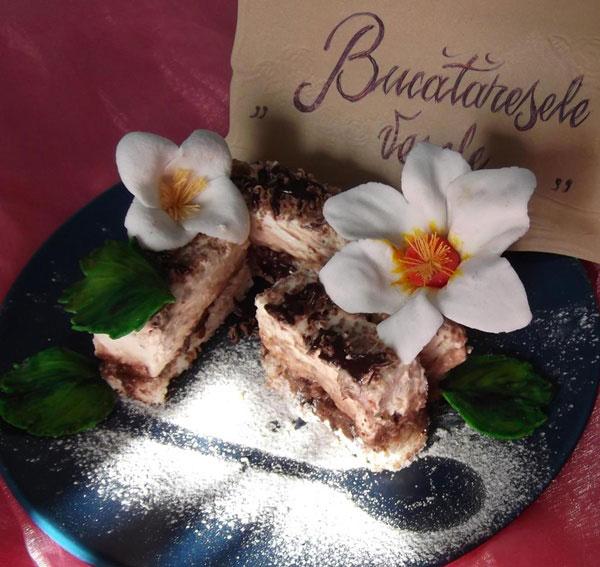 prajitura-cu-nuca-de-cocos-si-crema-de-vanilie-Mindrutiu Mihaela Cornelia1