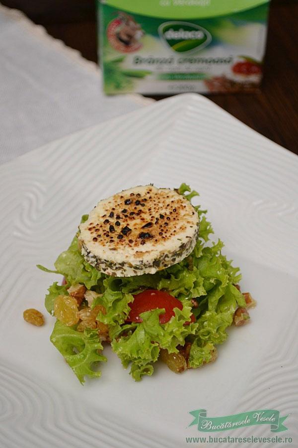 salata-cu-nuci-si-branza-de-capra-1