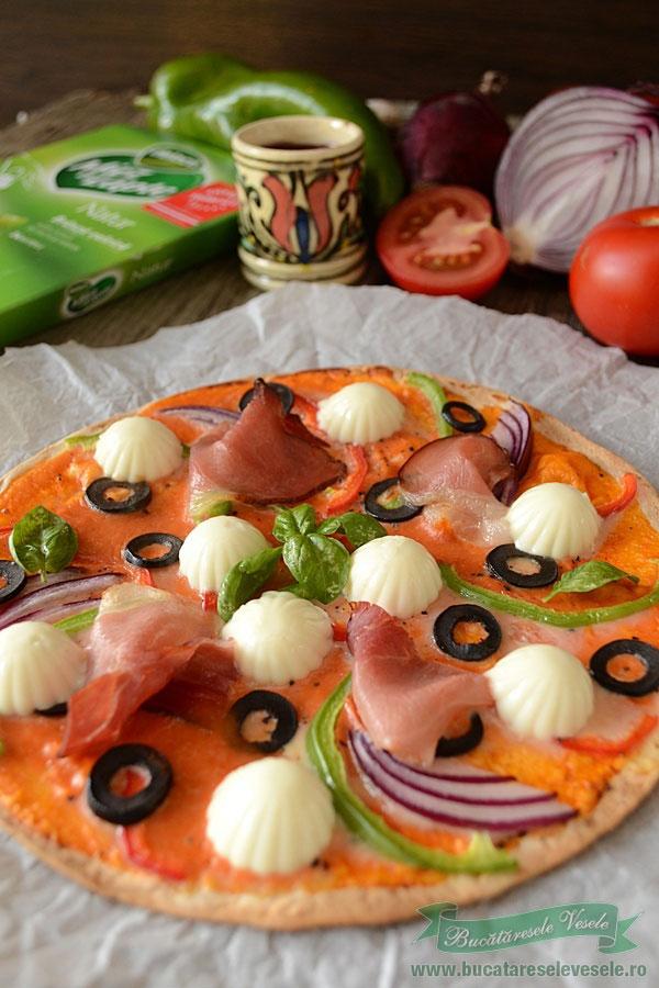 pizza cu foi de tortilla