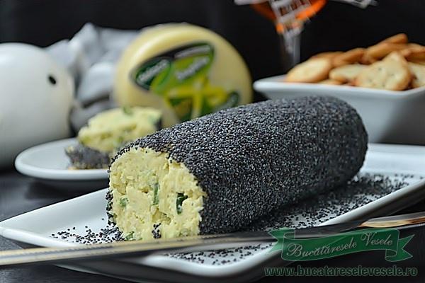 rulada-aperitiv-branza-cascaval-2