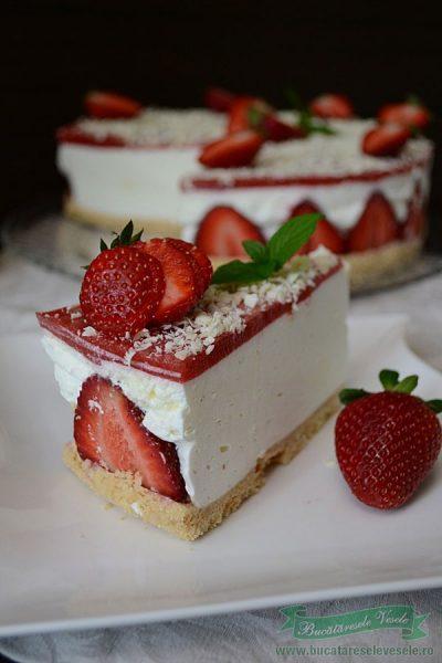 Cheesecake cu capsuni