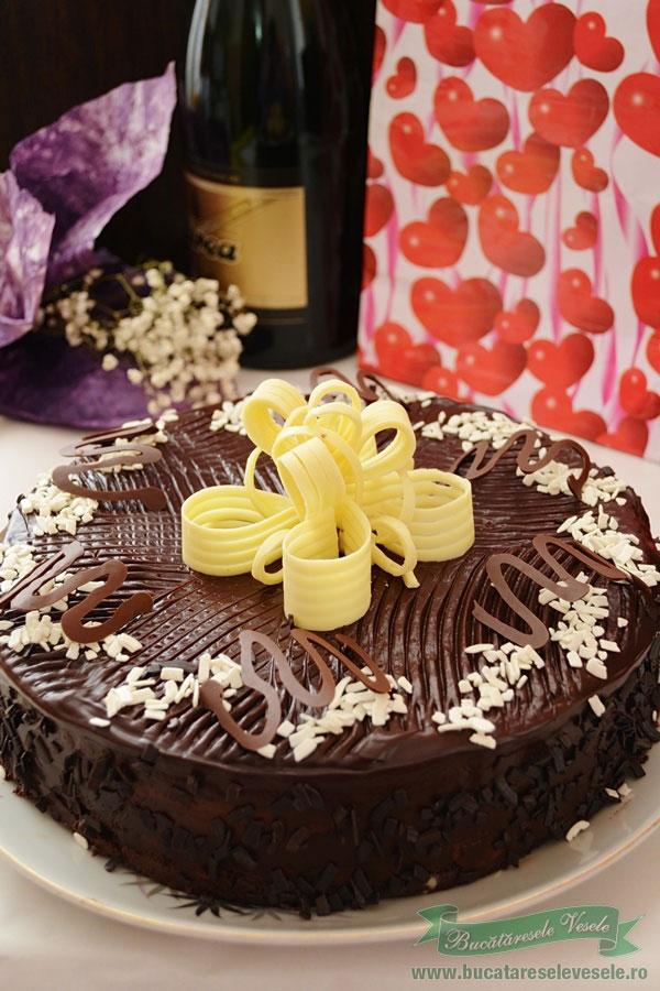 tort cu ciocolata si rom