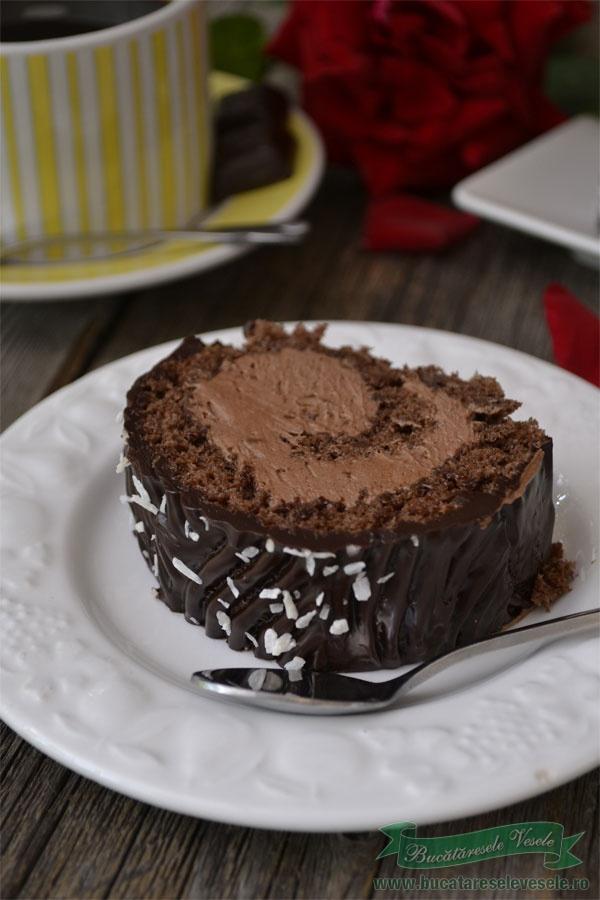 Rulada cu ciocolata si rom