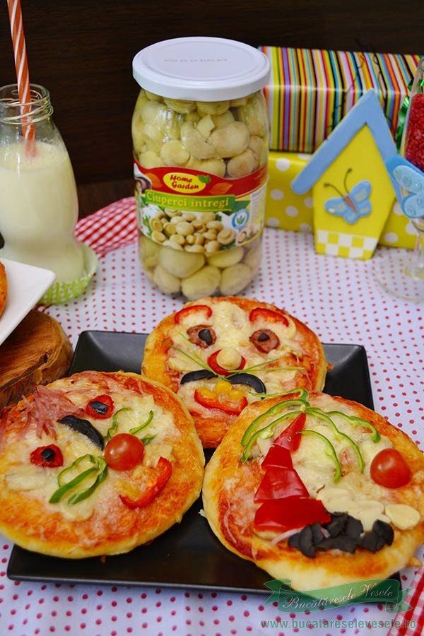 Pizza Funny cu Ciuperci