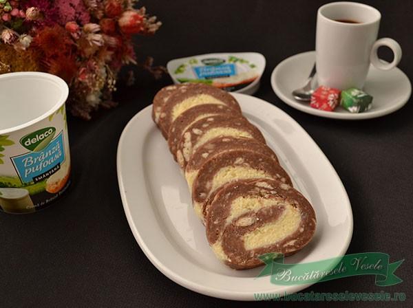 rulada-biscuiti-branza