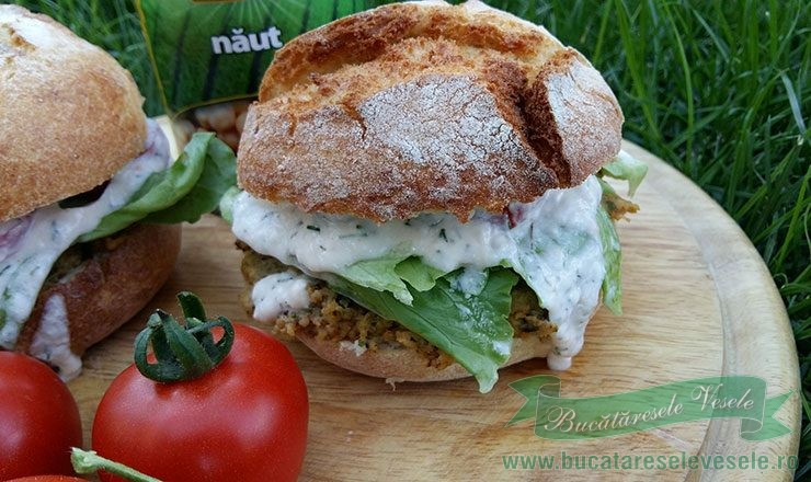 Hamburger cu Naut si Sos de Iaurt