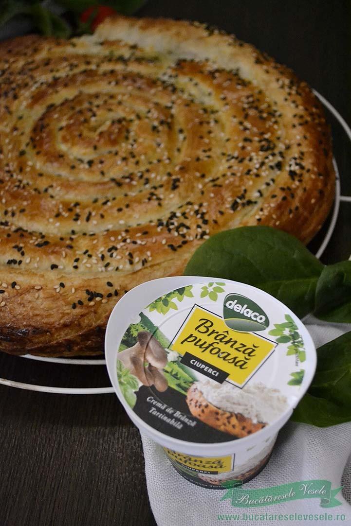 placinta-cu-branza-spanac-si-ciuperci-1