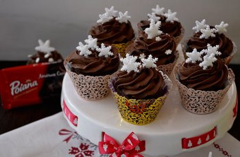 cupcakes cu ciocolata si crema ganache
