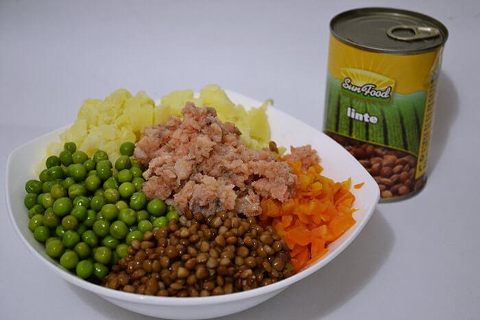 salata de legume cu somon afumat